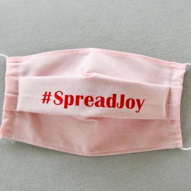 Masque FEMME tissu rose #SpreadJoy rouge